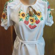 Детская вышитая блузка