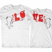 """Парные футболки """"Love"""" фото"""