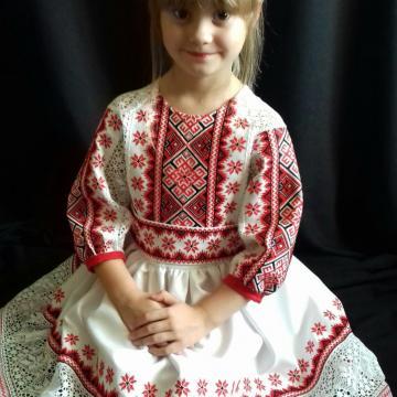 """Украинское вышитое детское платье """"Мэри"""""""