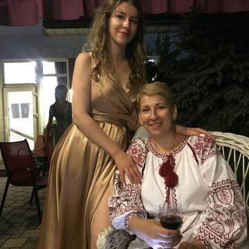 """Вышитое женское платье """"Красное пламя"""""""