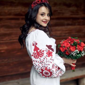 """Жіноча вишита сукня """"Україночка"""""""