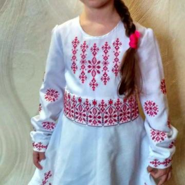 """Вишита дитяча сукня """"Сніжинка"""""""
