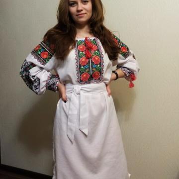 """Вишита жіноча сукня в українському стилі """"Розовий квіт"""""""