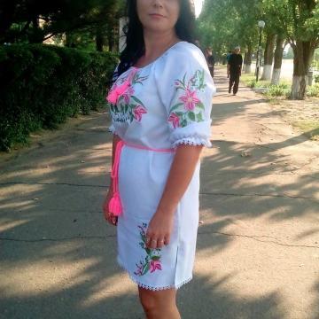 """Вишите українське плаття """"квіткові мотиви"""""""