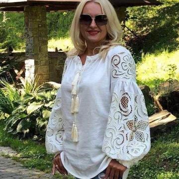 """Біла блузка вишиванка з рішельє """"Лана"""""""