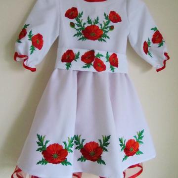 """Дитяче плаття з вишивкою """"Червоні маки"""""""