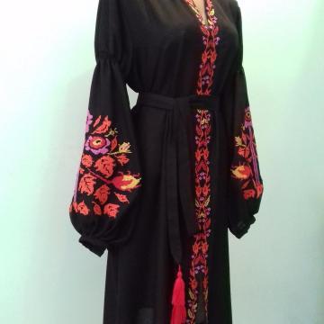 """Фантастична сукня вишиванка в стилі Бохо """"Кейт"""""""