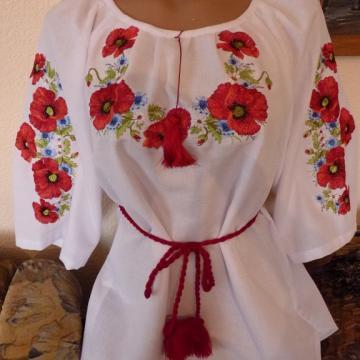Жіноча біла блуза на домотканному полотні